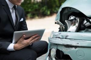 Külföldi baleset esetén először irodánkat értesítse. Magasabb kártérítést kaphat.