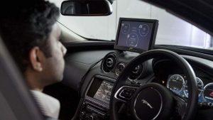balesetmegelőzés a vezetéstechnika legújabb vívmányaival
